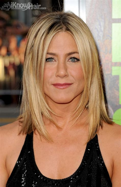 jennifer anistons  hairstyle celebrity hairstyles