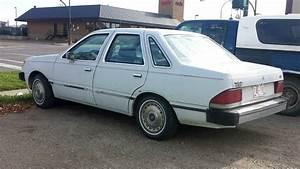 1991 Ford Tempo L