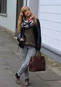 Schwarze Lederjacke Kombinieren : 25 best ideas about ripped jeans look on pinterest girls ripped jeans ripped jeans outfit ~ Orissabook.com Haus und Dekorationen