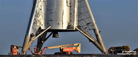 spacex moves starhopper   launch pad puts  hop