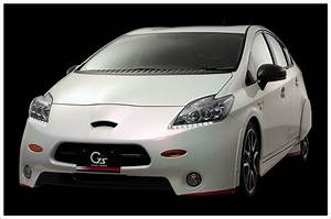 2010 Toyota Prius G Sports Concept