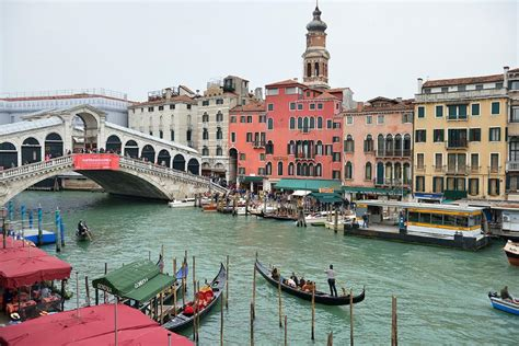 grand canapé apartment venice grand canal terrace italy booking com