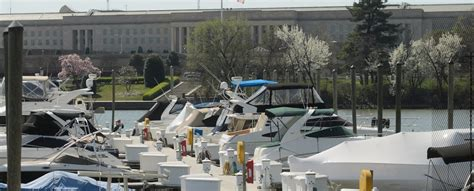 Fishing Boat Rental Dc by Columbia Island Marina Boating In Dc