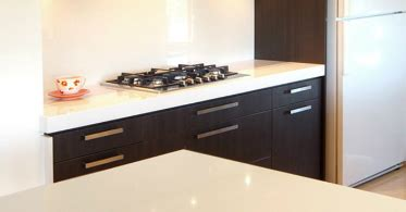 blizzard caesarstone countertops blizzard quartz by caesarstone everyday surface timeless