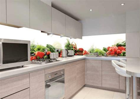 easy methods    clean kitchen walls  remove