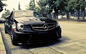 Download Free 1920x1200 Black Mercedes-Benz C63 AMG ...