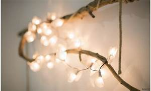 Decorare con le catene di luci per essere in festa tutto l'anno