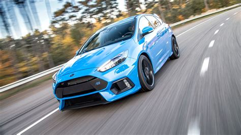 Ford Car : Ford Focus Rs (2016) First Ride Review