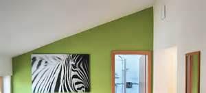 flur treppe wandgestaltung treppenhaus farberatung in münchen farbe an die wand