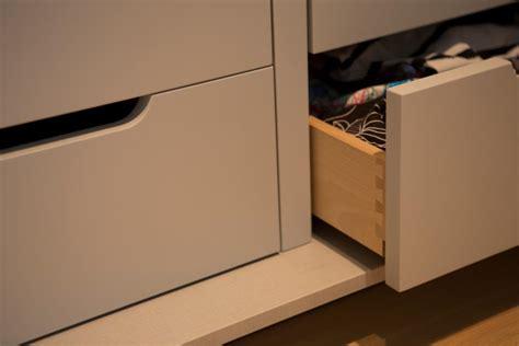tiroir de cuisine sur mesure rangement et aménagement sur mesure bibliothèque