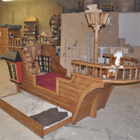 Small Boat With Bed by Pirate Ship Bed Plans Bed Plans Diy Blueprints