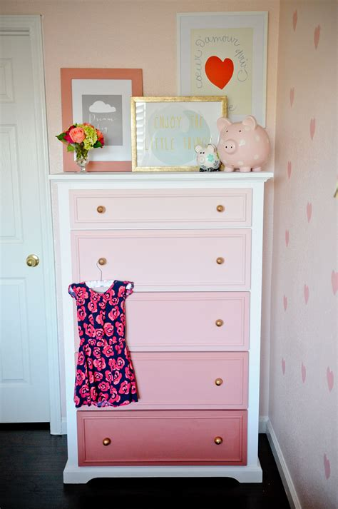 Bedroom Furniture Ideas Diy by Diy Ombre Dresser Tutorial Painted Furniture Ideas