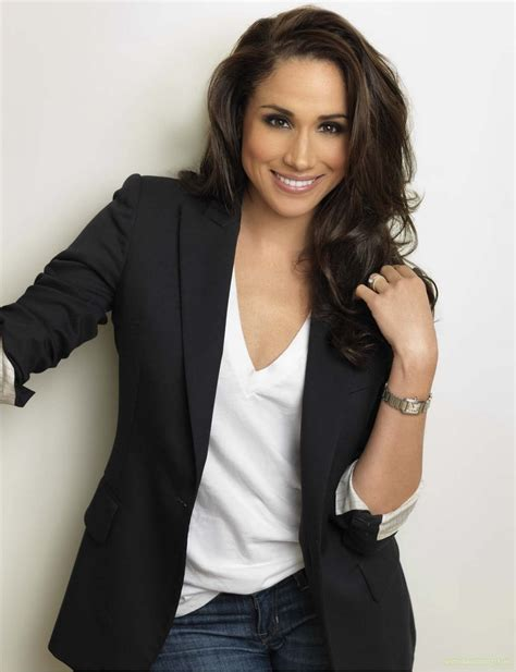 The Gallery For > Meghan Markle Suits Ladder