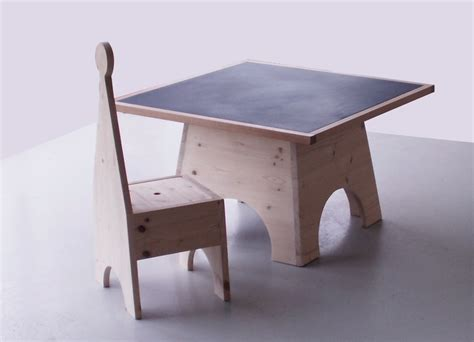 table chaise enfants tables et chaises enfant 28 images ensemble table et 2