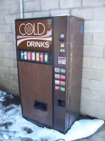 Cold Drink Vending Machine
