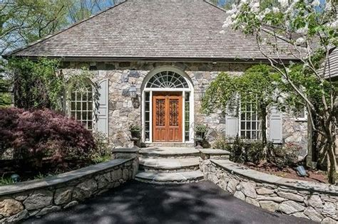 Charming Connecticut Home by Cyndi Lauper Seeks 1 25m For Charming Connecticut Mansion