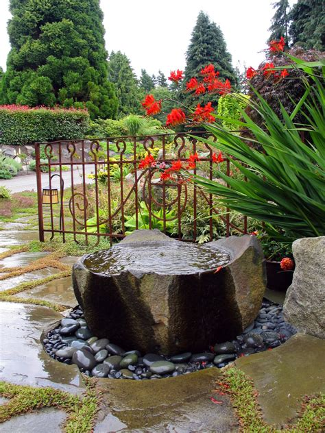 beautiful front yard fountains   greatly amazed
