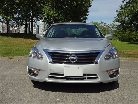 2014 Nissan Altima 2 5 Sv by 2014 Nissan Altima 2 5 Sv Road Test Review Carcostcanada
