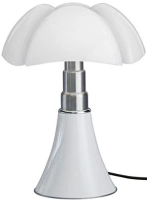 martinelli luce mini pipistrello table lamp  gae aulenti stardust