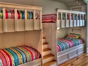 Hochbett Holz Kinder : hochbett mit treppe tolle vorschl ge ~ Michelbontemps.com Haus und Dekorationen