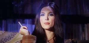 Most Epic Smoking Actressing - A Portman~Jackie-esque ...