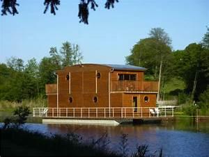 Maison Flottant Prix : vends maison flottante pour plan d eau ou cours d eau neorizons bien tre co ~ Dode.kayakingforconservation.com Idées de Décoration