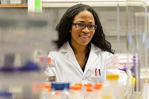 Graduate Student Working to Develop New Anti-Cancer Agents ...