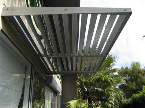 Aluminium Cantilevered Awnings
