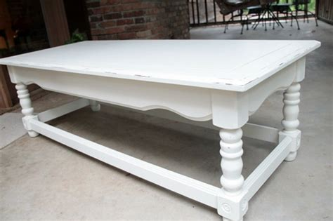 Coffee Table Revamp & Kilz Primer Giveaway Southern