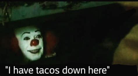It Clown Memes - police officers inspired by hit movie it recreate hilarious pennywise the clown prank page 2