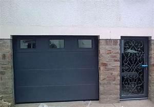 Porte de garage vannes tryba sectionnelle laterale plafond for Porte de garage sectionnelle anthracite