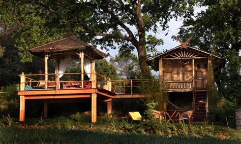 chambre thailandaise chambre d 39 hôtes domaine du d 39 alphonse à aigremont