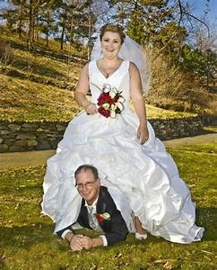here comes the crazy 14 more funny wedding pictures With bad wedding photos