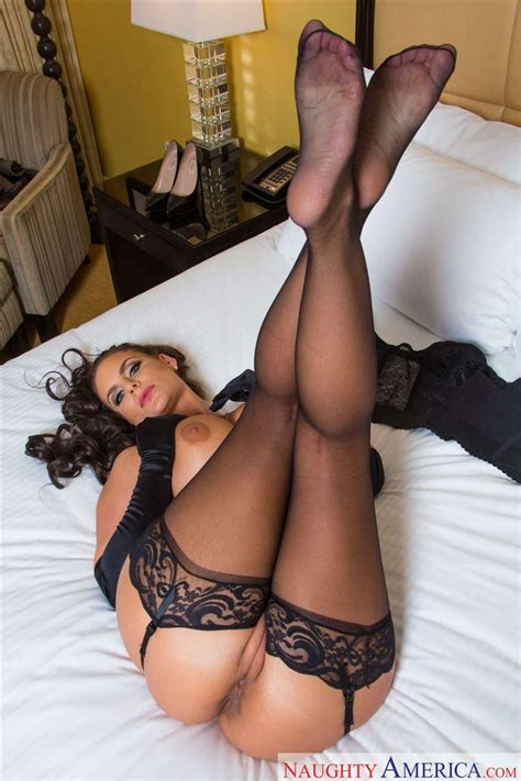 Phoenix Marie Assfucked In Sexy Stockings - Pichunter