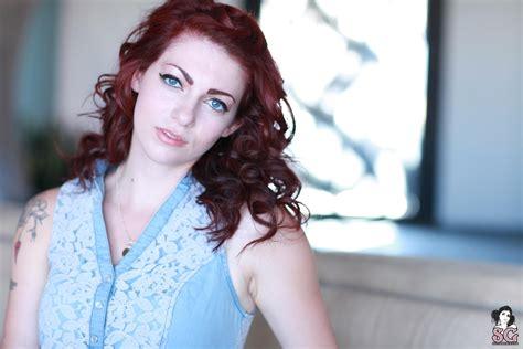 arielita suicide girls women redhead blue eyes