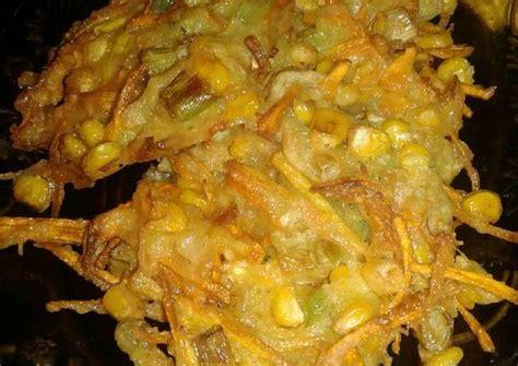 Rabu, 2 oktober 2019 04:07 reporter : Resep Bakwan sayur crispy oleh Riyanti Kitchen - Cookpad