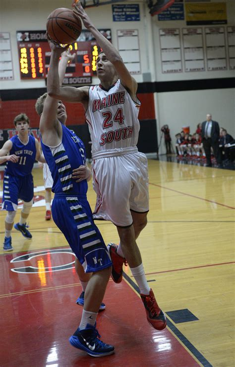 boys basketball maine south muscles   trier