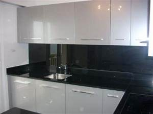 Pose Credence Verre : pose credence cuisine noir et blanc cr dences cuisine ~ Premium-room.com Idées de Décoration