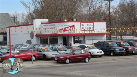 Used Car Dealers by What You Need To About Buy Here Pay Here Car Lots