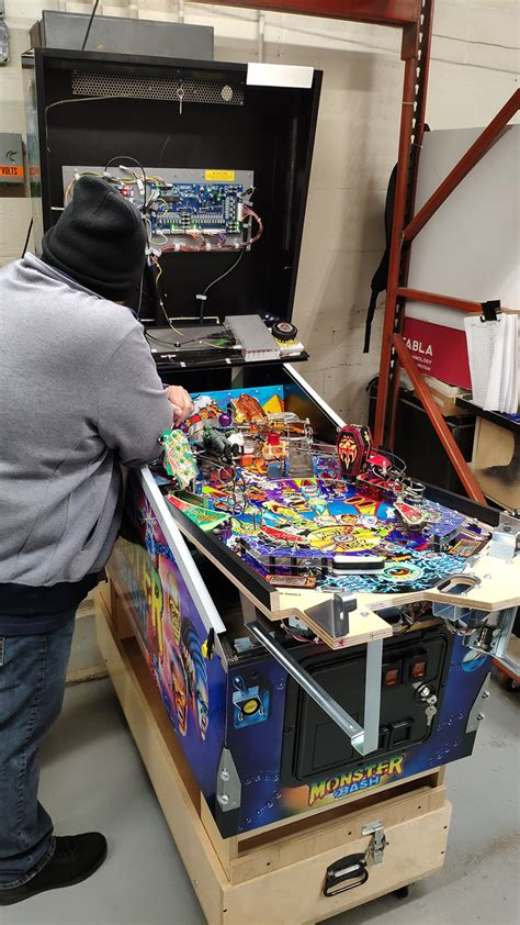 INSIDE CHICAGO GAMING – Welcome to Pinball News – First & Free