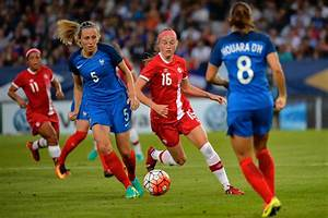 Canada's women's soccer team falls to France in final ...