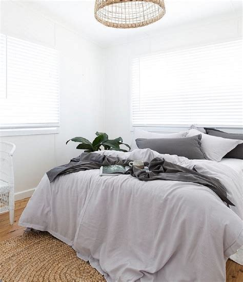 Make Your Small Bedroom Bigger Make A Small Space Feel