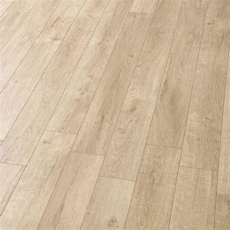 Balterio Estrada 8mm Tundra Oak Laminate Flooring   Leader