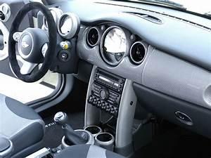 Mini Cooper Interieur : has anyone ordered or seen the hamann c f interior kits north american motoring ~ Medecine-chirurgie-esthetiques.com Avis de Voitures