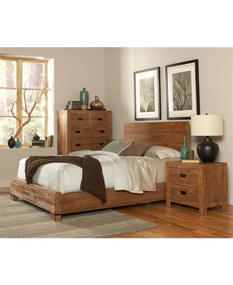 champagne bedroom furniture queen  piece set bed chest