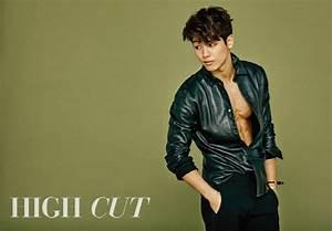 Kang Min Hyuk Transforms into Muscular Beast Man in ...