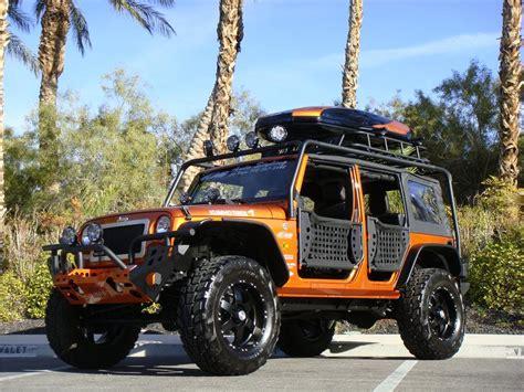 2011 JEEP WRANGLER CUSTOM SUV   152027