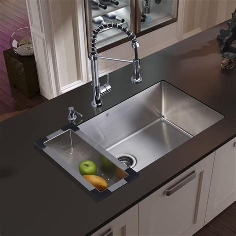undermount farmhouse kitchen sink 562 best kitchen sinks images on kitchen sinks 6582