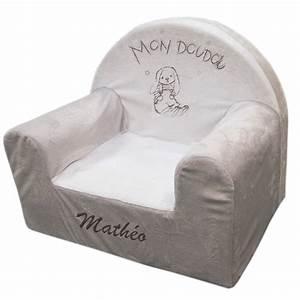 Fauteuil Enfant Personnalisable : joli cadeau id e cadeau naissance fauteuil en mousse lapin personnalis ~ Melissatoandfro.com Idées de Décoration
