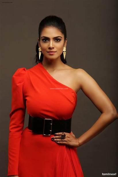 Malavika Mohanan Actress Shoot Tamilnext Petta